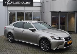 Lexus-GS